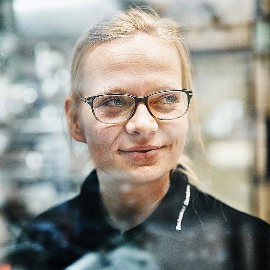 Portrait photo of Nina Gröncke, project engineer at Hauni