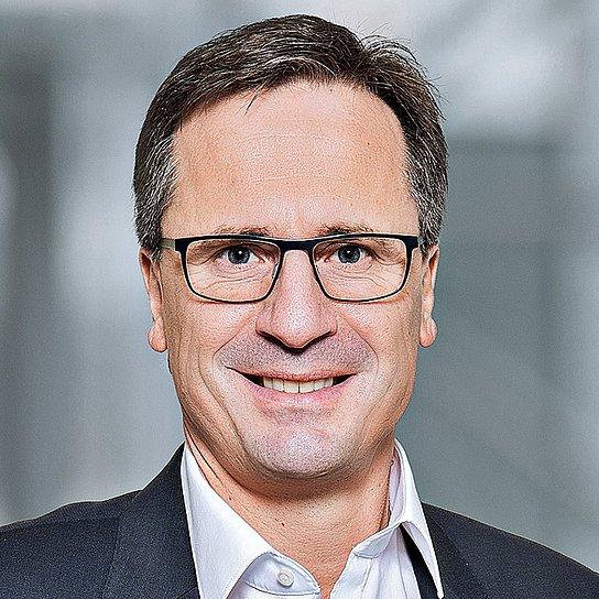 Porträtfoto von Andreas Ebert, CSO Geschäftsbereich Systemintegration